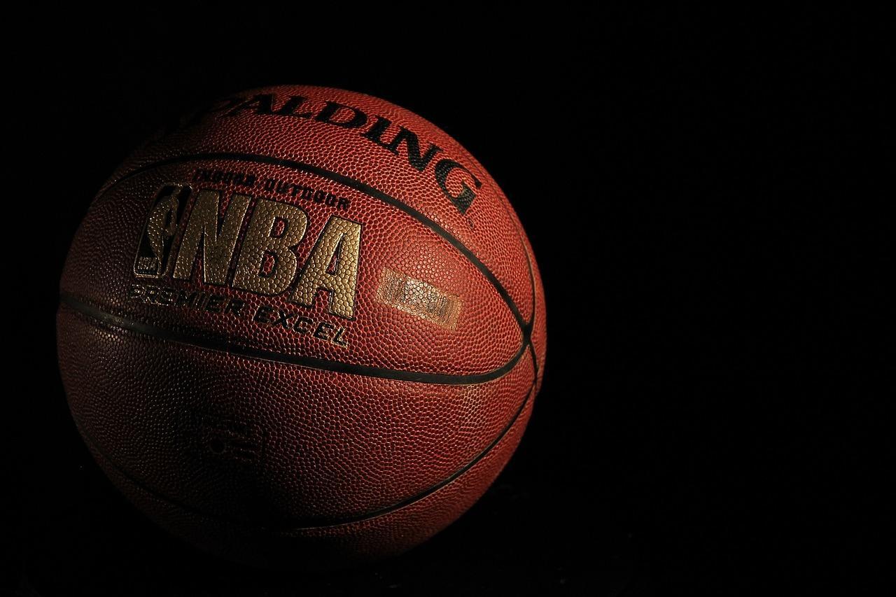 Quel joueur a gagné le plus de fois le titre de MVP des Finals NBA ?
