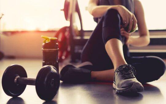 Pourquoi prendre un complément stimulant avant une séance de sport ?